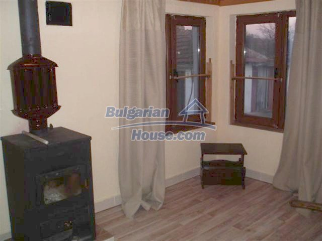 11704:2 - Pretty partly furnished and renovated house 13 km from Elhovo