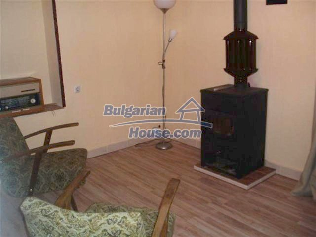 11704:4 - Pretty partly furnished and renovated house 13 km from Elhovo