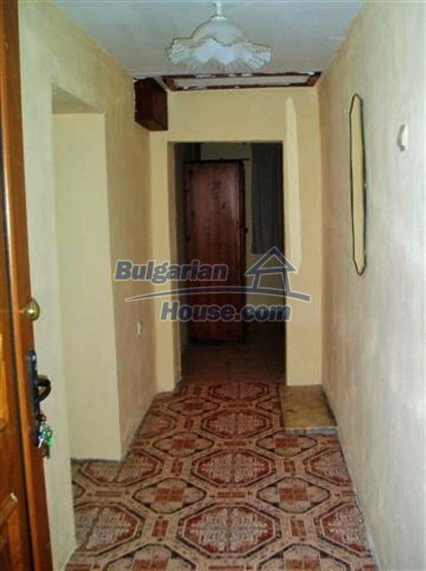 11704:16 - Pretty partly furnished and renovated house 13 km from Elhovo