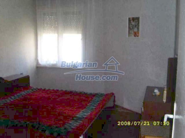 11723:3 - Pretty and comfortable apartment in the nice town of Elhovo
