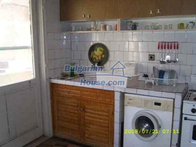 11723:7 - Pretty and comfortable apartment in the nice town of Elhovo