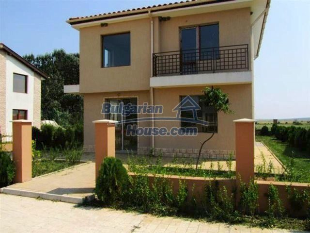 11726:1 - Variety of large and luxury seaside houses near Nessebar