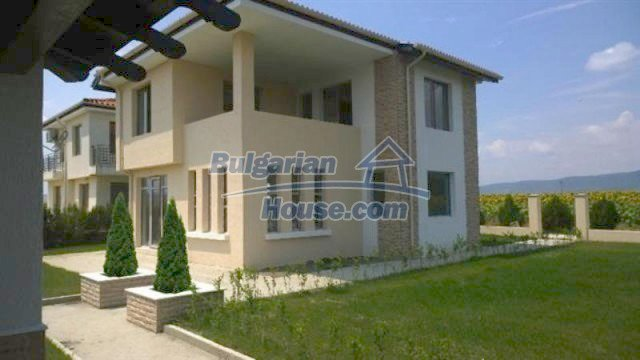 11726:5 - Variety of large and luxury seaside houses near Nessebar