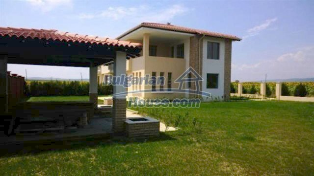 11726:8 - Variety of large and luxury seaside houses near Nessebar