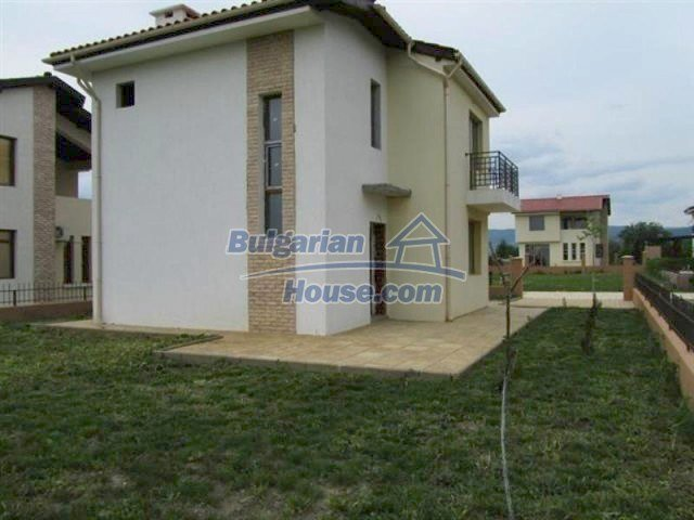11726:13 - Variety of large and luxury seaside houses near Nessebar