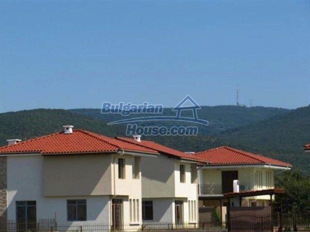 11726:19 - Variety of large and luxury seaside houses near Nessebar