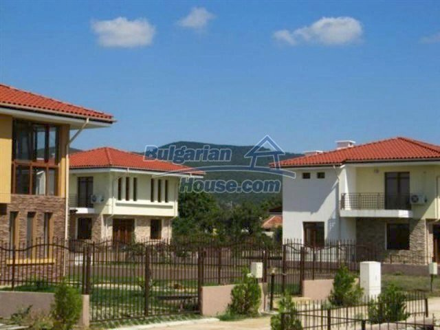 11726:20 - Variety of large and luxury seaside houses near Nessebar