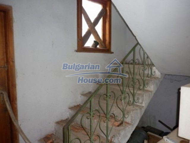 11728:18 - Fascinating country house 10 km from Vratsa