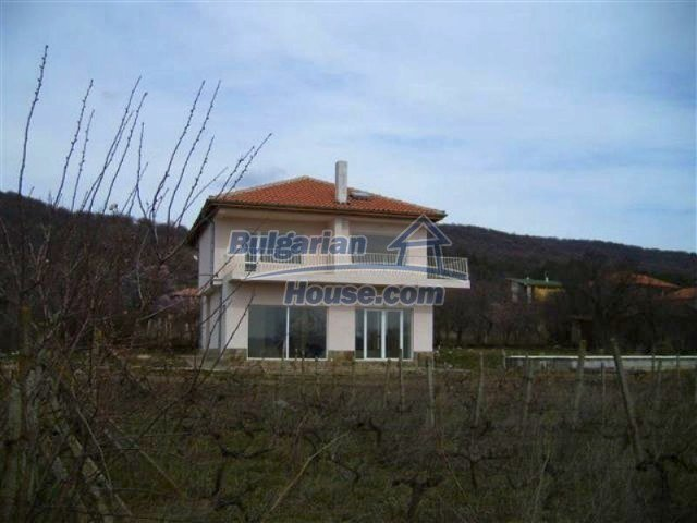 11730:2 - Lovely seaside house with a pool and mountain view - Pomorie