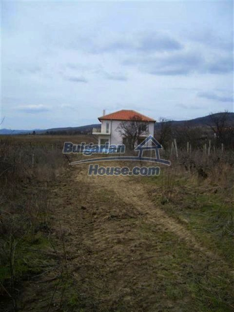 11730:7 - Lovely seaside house with a pool and mountain view - Pomorie