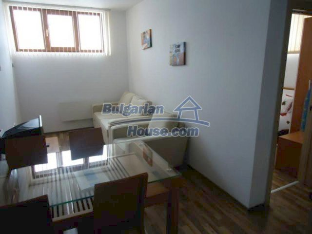 11735:10 - Compact stylish apartment in Bansko at low price