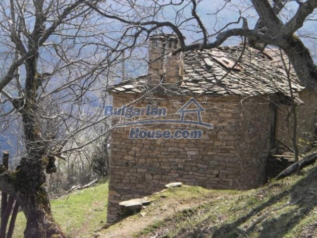 11739:5 - Sunny charming house in the mountains near Kardzhali