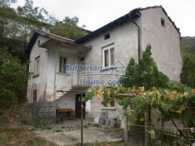 11742:1 - Well kept house right in the fascinating Iskar Gorge near Vratsa