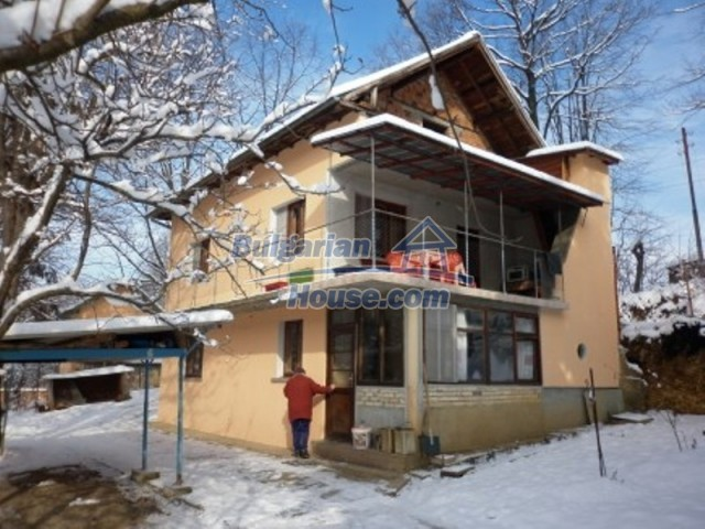11743:1 - Spacious and beautiful house near forest in Vratsa region