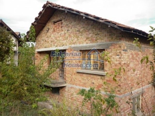 11748:3 - Spacious solid rural house with lovely surroundings near Vratsa