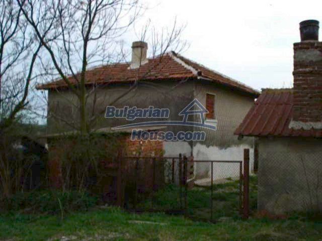 11749:2 - Lovely house near Elhovo – incredible investment potential