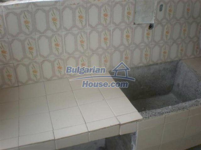 11751:9 - Massive well presented country house near Elhovo