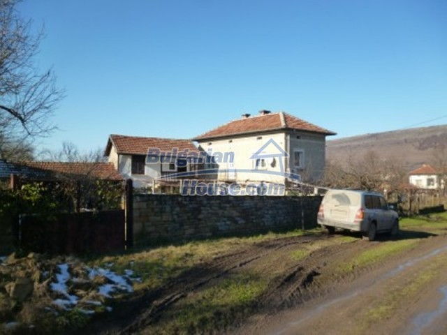 11753:3 - Lovely massive house with another guest house near Vratsa