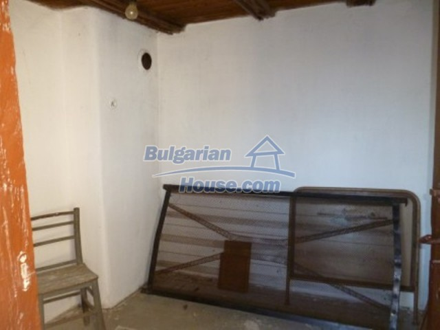 11753:11 - Lovely massive house with another guest house near Vratsa