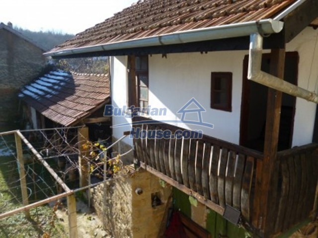 11753:9 - Lovely massive house with another guest house near Vratsa