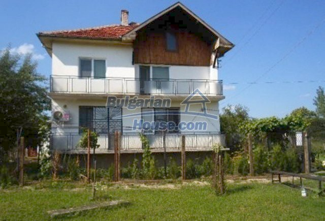 11757:2 - Marvelous spacious rural holiday home near Vratsa