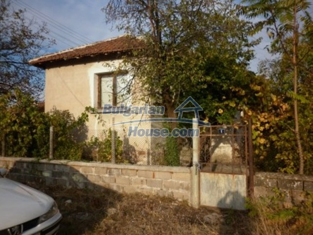 11758:2 - Nice sunny rural house near Vratsa at low price