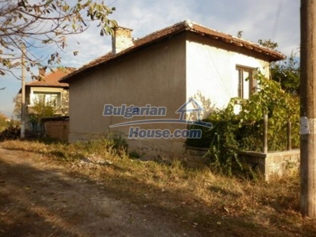 11758:3 - Nice sunny rural house near Vratsa at low price