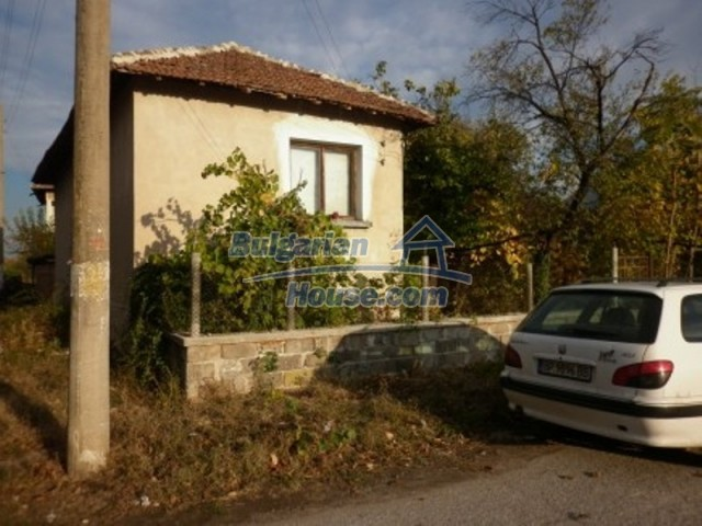 11758:4 - Nice sunny rural house near Vratsa at low price