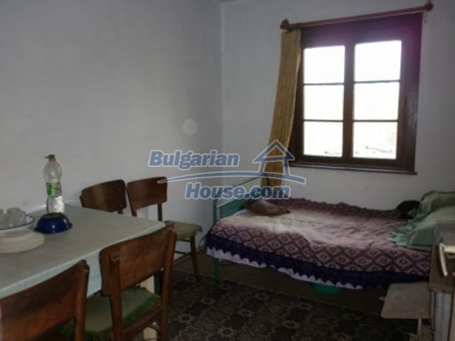 11758:9 - Nice sunny rural house near Vratsa at low price