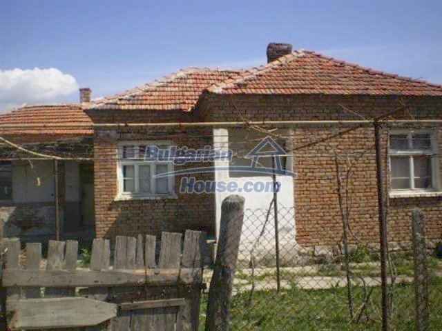 11759:1 - Massive and compact seaside house near Nessebar