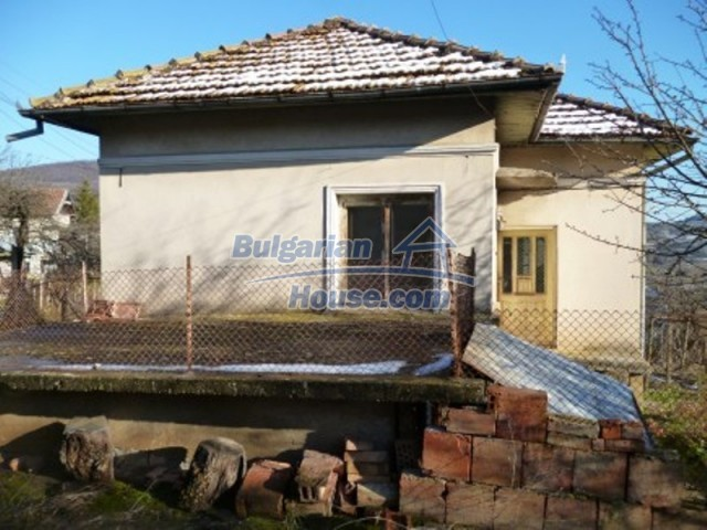 11762:6 - Large house with extensive garden in the mountains - Vratsa