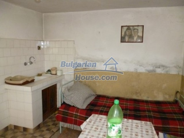 11762:12 - Large house with extensive garden in the mountains - Vratsa