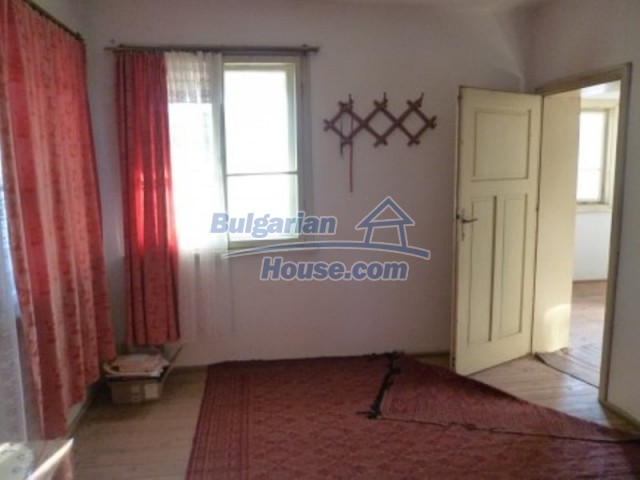 11762:17 - Large house with extensive garden in the mountains - Vratsa