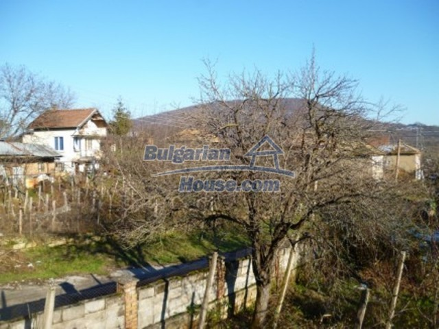 11762:20 - Large house with extensive garden in the mountains - Vratsa