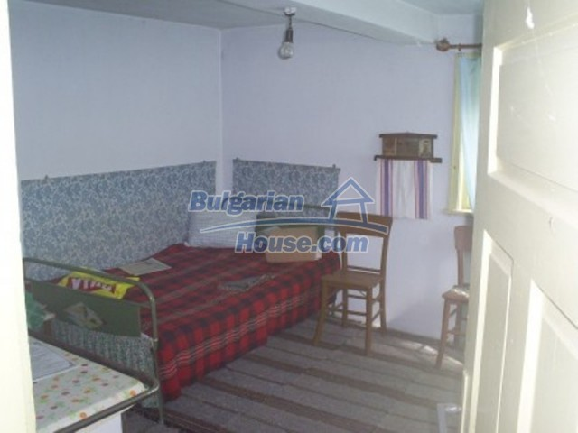 11763:11 - Cheap functional country house with splendid panorama - Vratsa