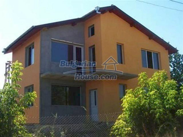 11770:1 - Nice spacious house 8 km from the beach in Albena