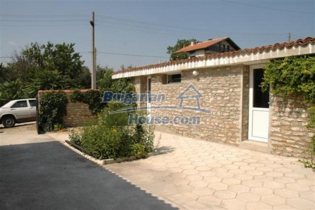 11771:13 - Spacious seaside house with a landscaped yard near Shabla