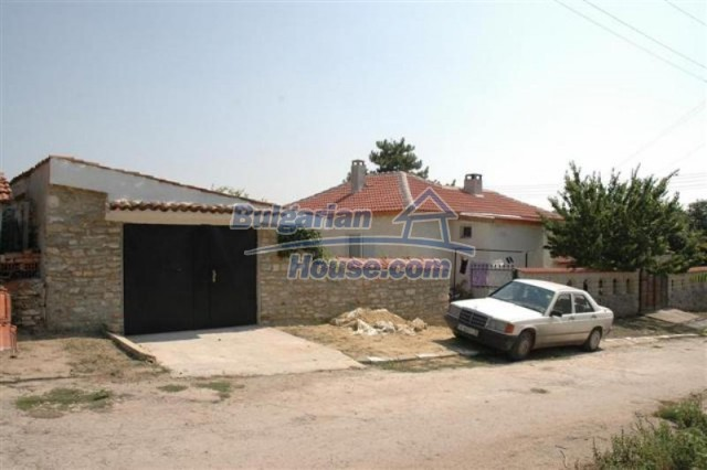 11771:14 - Spacious seaside house with a landscaped yard near Shabla