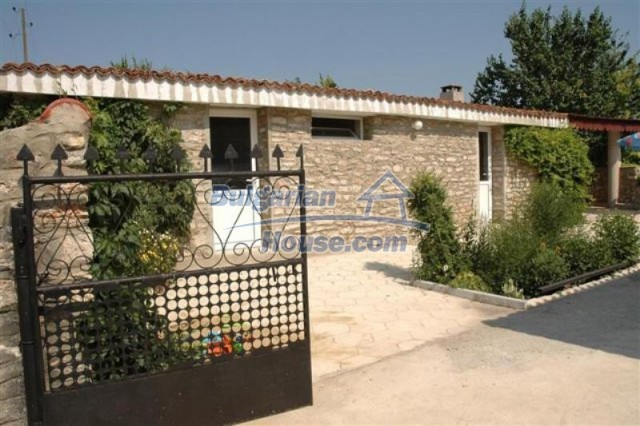 11771:15 - Spacious seaside house with a landscaped yard near Shabla