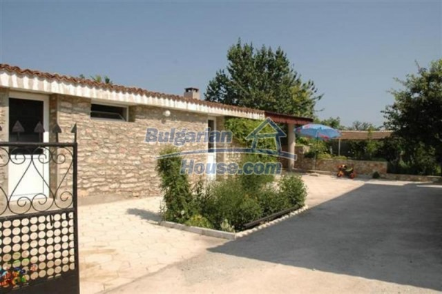 11771:16 - Spacious seaside house with a landscaped yard near Shabla