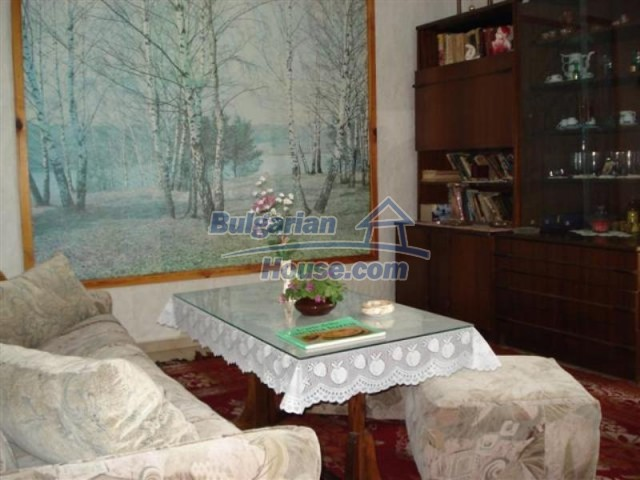 11771:24 - Spacious seaside house with a landscaped yard near Shabla