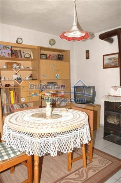 11771:33 - Spacious seaside house with a landscaped yard near Shabla