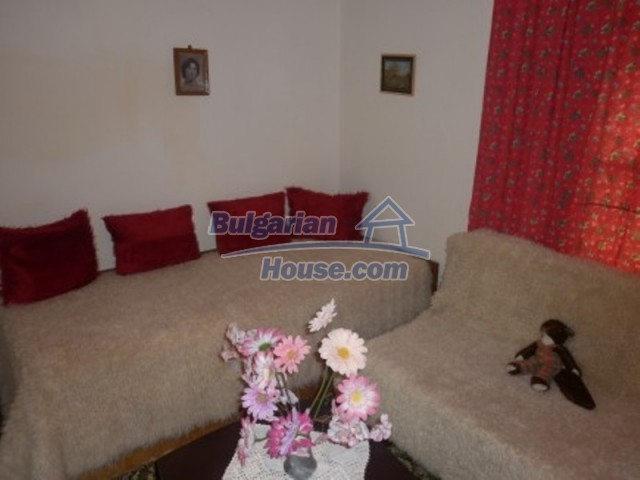 11774:11 - Sunny house with furniture and big garden - Vratsa