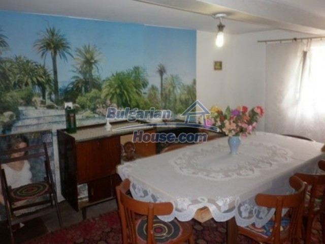 11774:12 - Sunny house with furniture and big garden - Vratsa