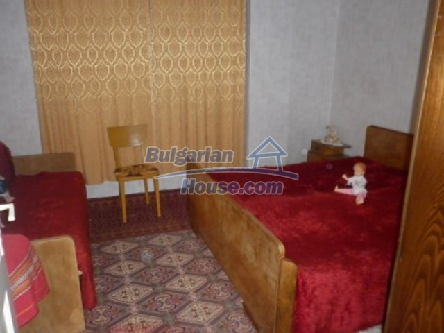 11774:7 - Sunny house with furniture and big garden - Vratsa