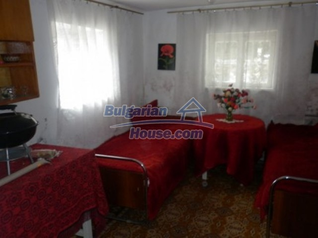 11774:13 - Sunny house with furniture and big garden - Vratsa