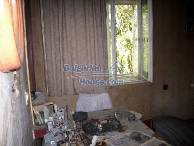 11775:5 - Massive rural house with workshops and large garden near Vratsa