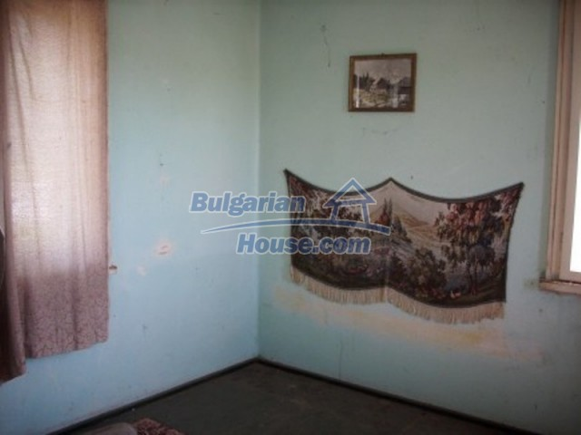 11775:6 - Massive rural house with workshops and large garden near Vratsa