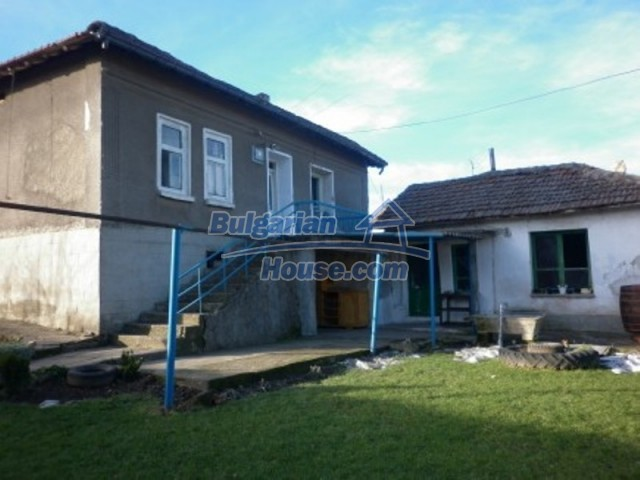 11780:1 - Nice rural property with great investment potential - Vratsa