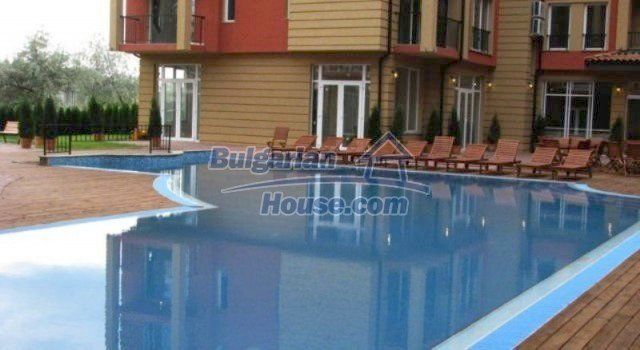 11781:11 - Cheap completed apartments - stunning location in Sunny Beach